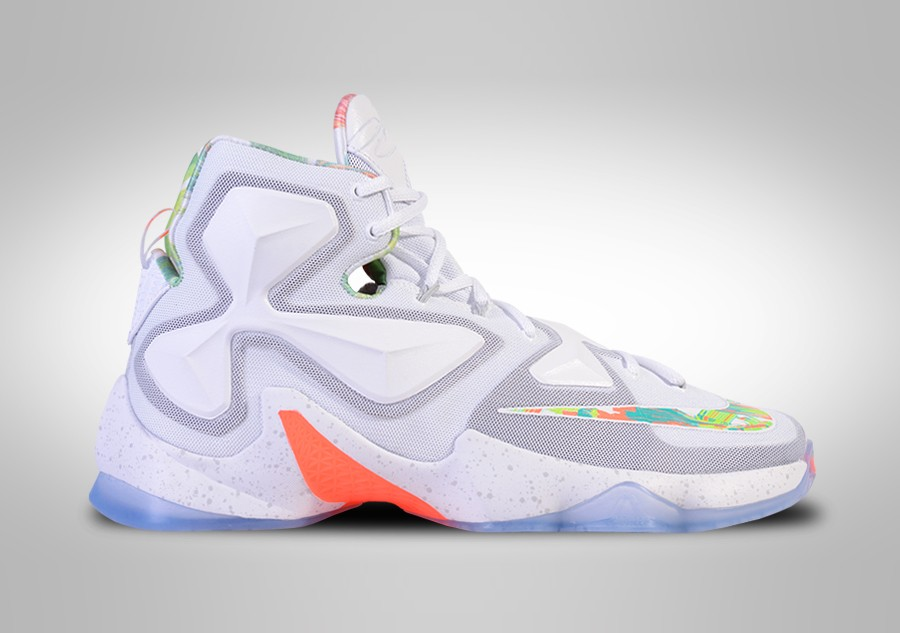 2bcfca1a2542 NIKE LEBRON XIII EASTER price €175.00