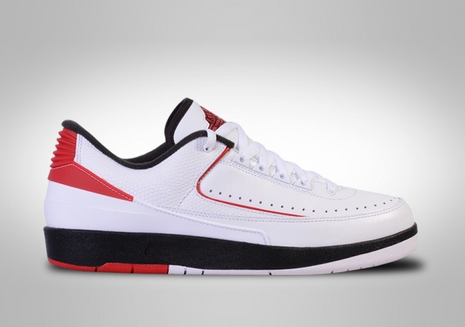new arrival 56b5d 0fd18 NIKE AIR JORDAN 2 RETRO LOW CHICAGO