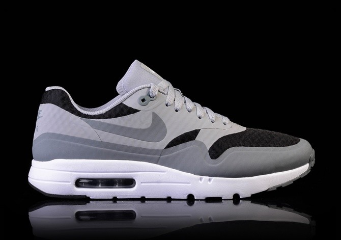 NIKE AIR MAX 1 ULTRA ESSENTIAL BLACK OR GREY