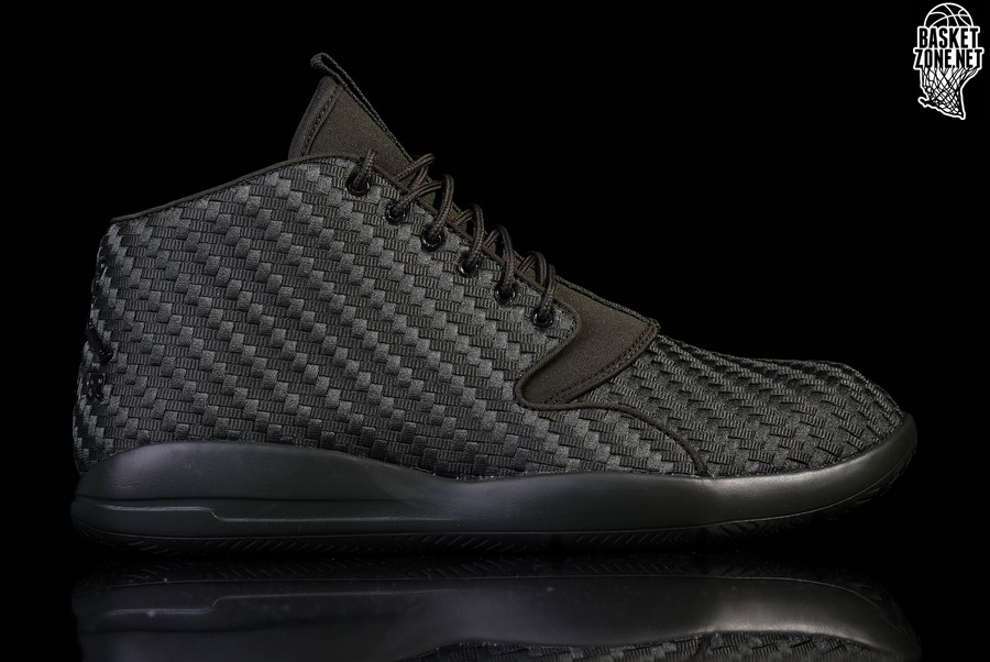 b419e3feacbf AIR JORDAN ECLIPSE CHUKKA FOREST GREEN per €112