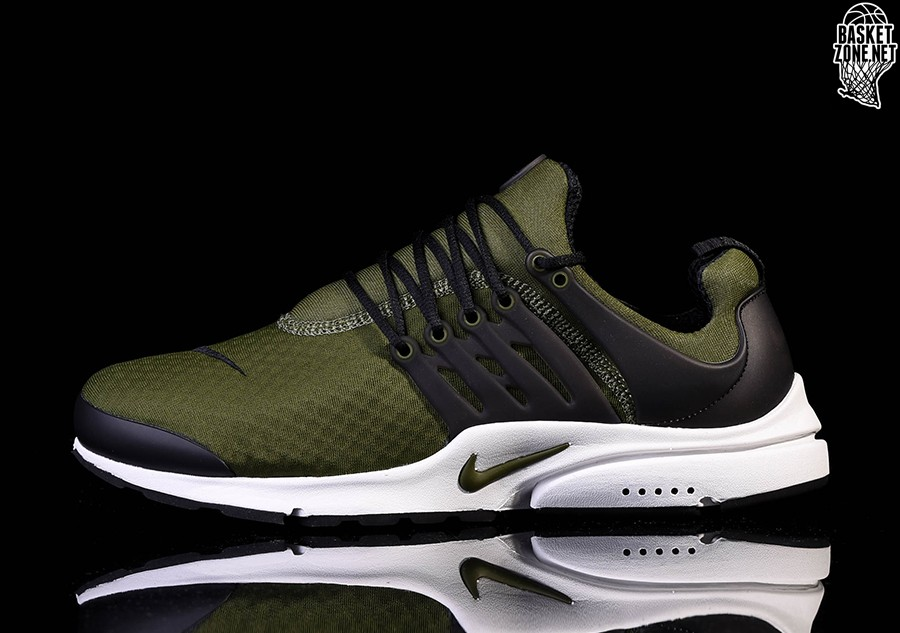finest selection 5ecb2 9962f NIKE AIR PRESTO ESSENTIAL LEGION GREEN
