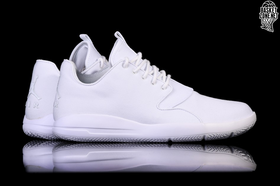 20adfc96eb9658 NIKE AIR JORDAN ECLIPSE TRIPLE WHITE price €92.50