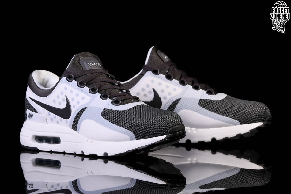 NIKE AIR MAX ZERO ESSENTIAL MIDNIGHT FOG voor €115,00