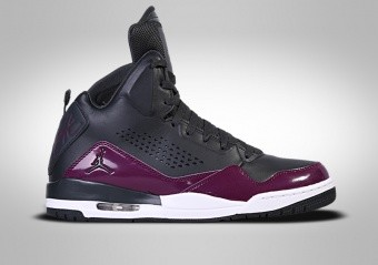 SCARPE DA BASKET. NIKE AIR JORDAN SC-3 ... a049be14504