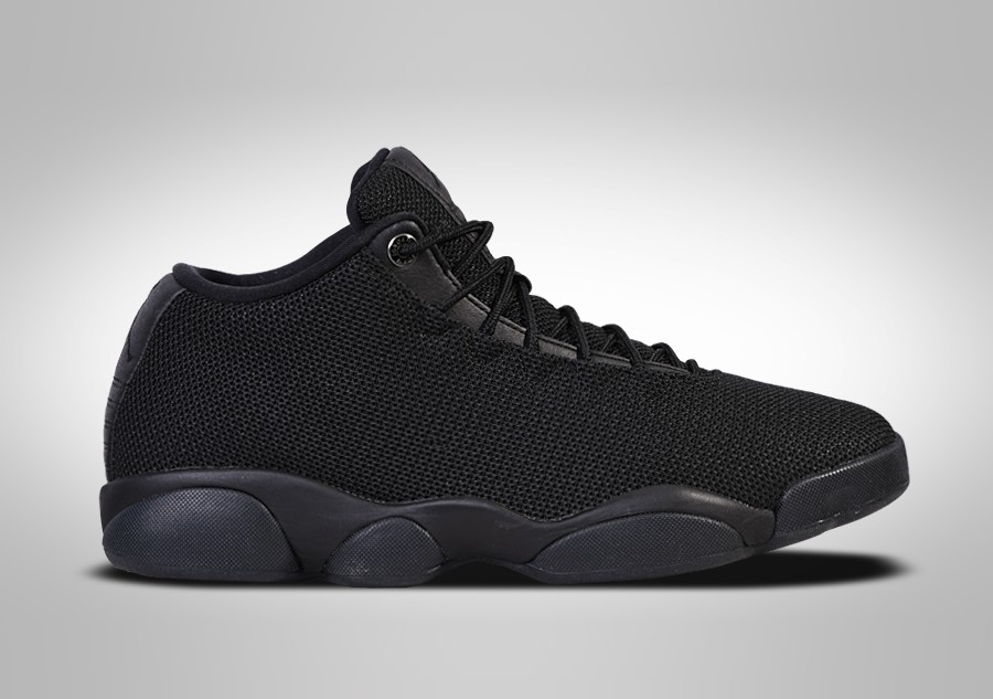 low priced 5d36d a87d2 NIKE AIR JORDAN HORIZON LOW TRIPLE BLACK