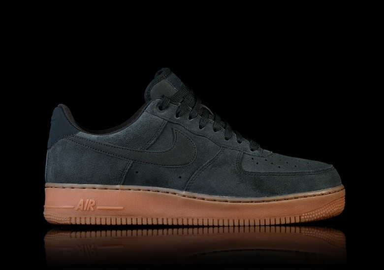NIKE AIR FORCE 1 '07 LV8 SUEDE GREEN