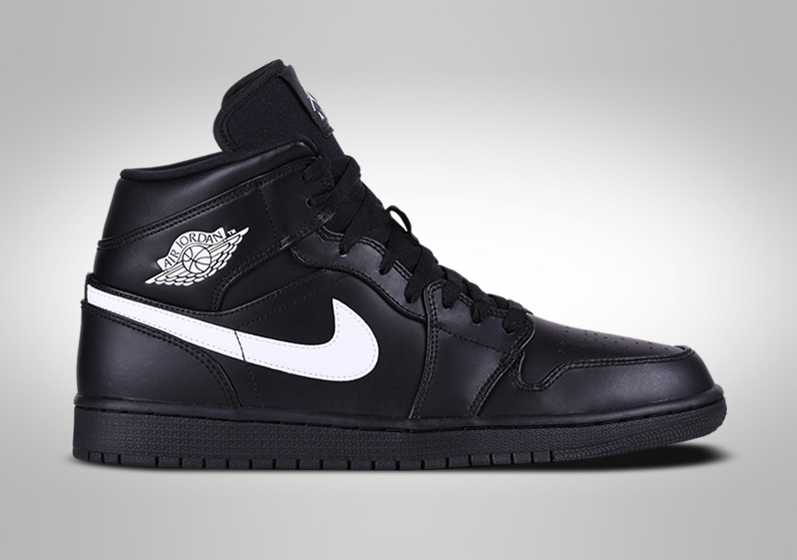 475b79fb7b6c NIKE AIR JORDAN 1 RETRO MID BLACK WHITE pour €112,50 | Basketzone.net
