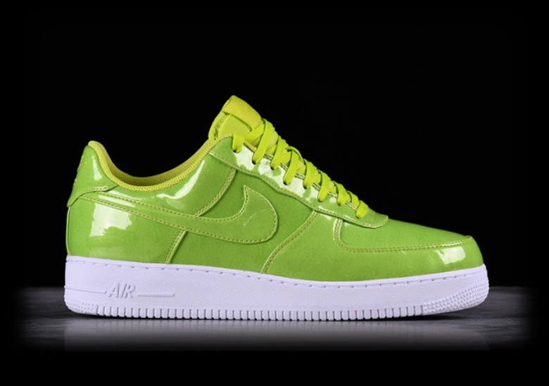 hot sale online 64c2f 10e63 NIKE AIR FORCE 1 '07 LV8 UV CYBER voor €109,00 | Basketzone.net