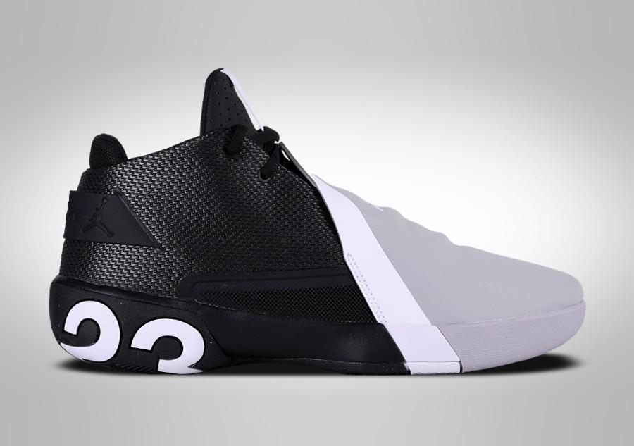 separation shoes 49771 aa34c NIKE AIR JORDAN ULTRA.FLY 3 BLACK GREY