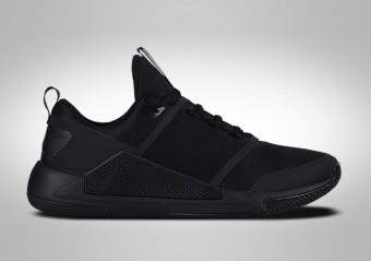 separation shoes 4a297 7b00b CHAUSSURES DE BASKET. NIKE AIR JORDAN DELTA SPEED TR TRIPLE BLACK
