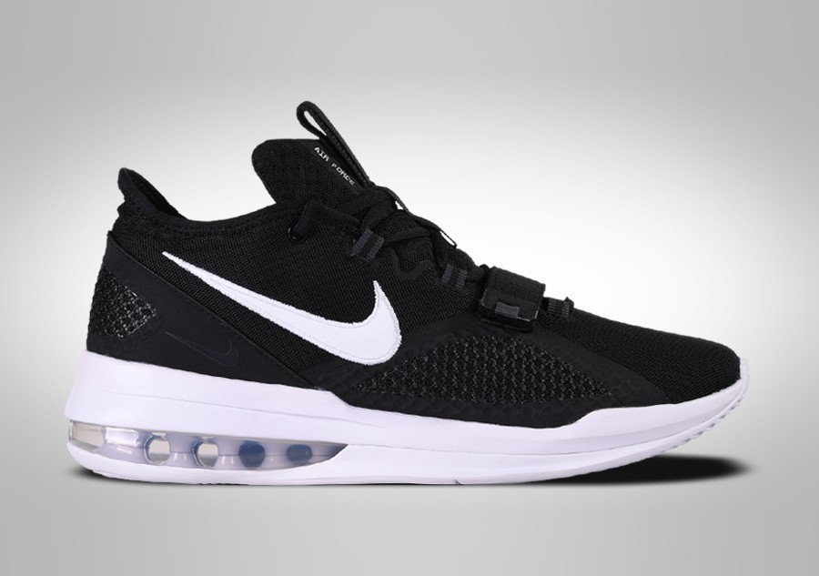 NIKE AIR FORCE MAX LOW BLACK WHITE pour €117,50 |