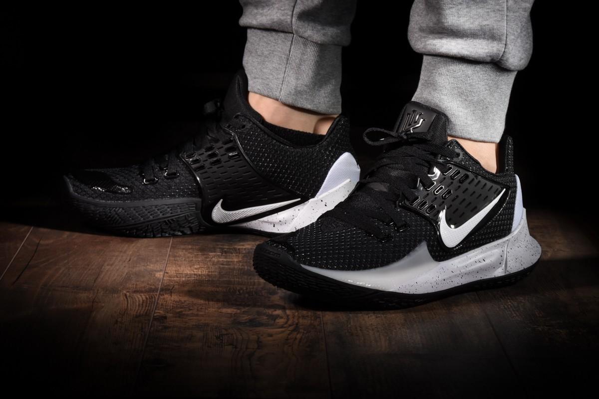 scarpe nike kyrie low 2